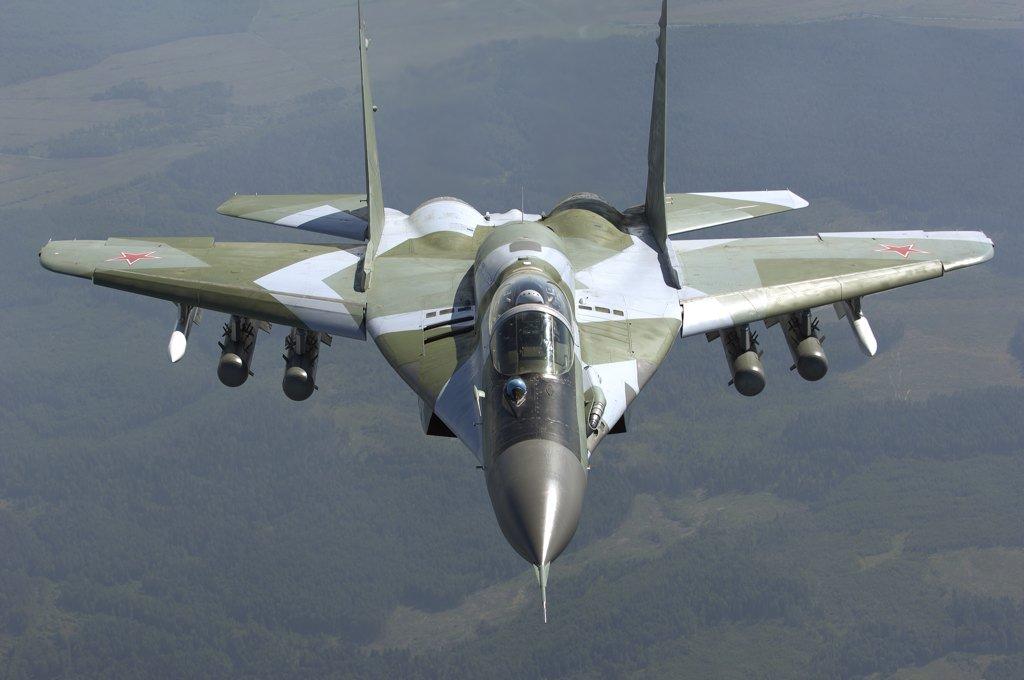 MiG-29/ΜiG-35 Fulcrum: News - Page 22 CaekQCeUkAAg3uM
