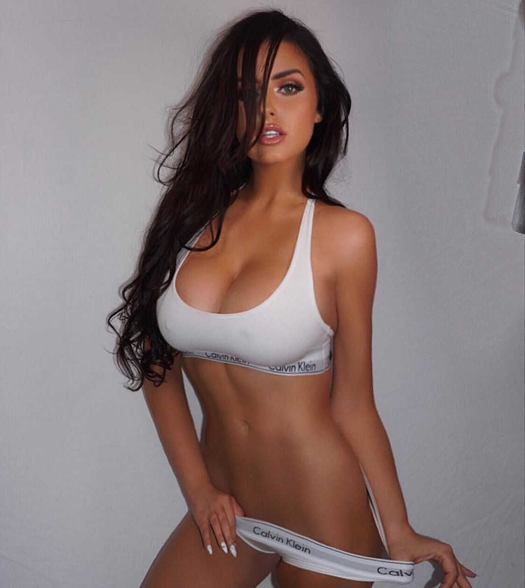 Abigail ratchford is a woman we love on instagram ...