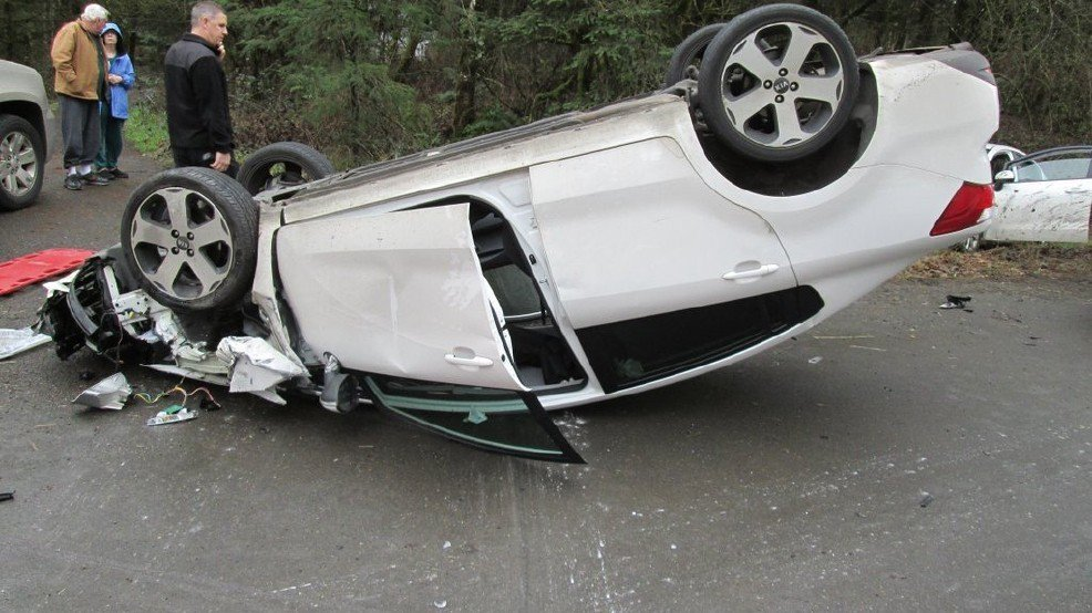 Teen driver was texting, Snapchatting and on FaceTime prior to rollover crash