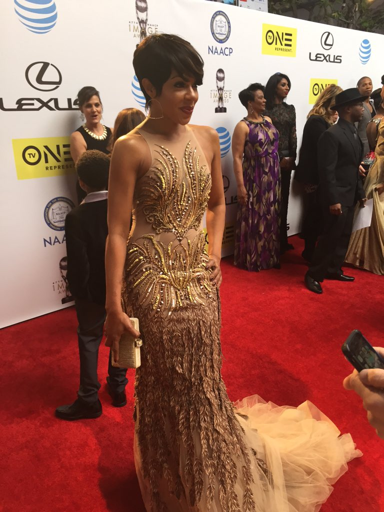 Gold is the color of the night. @IamWendyRaquel #TheGame #ImageAwards https://t.co/SdoZj6TX7T