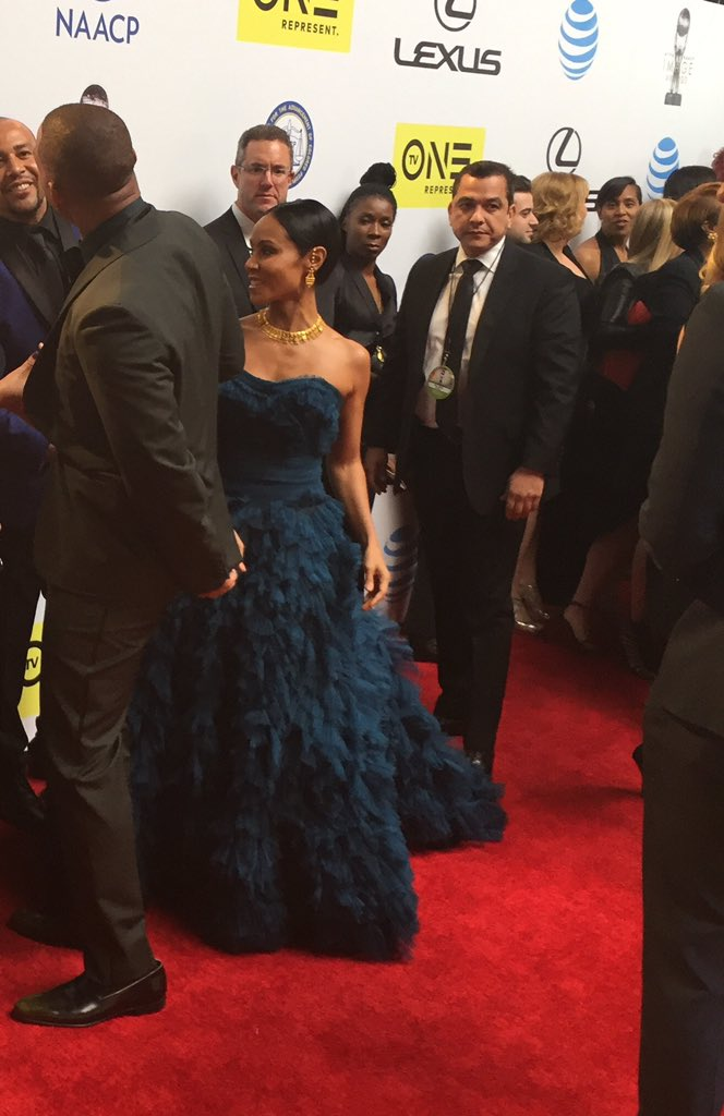 Oh my gorgeous! @jadapsmith #ImageAwards https://t.co/M1smlZpAeW