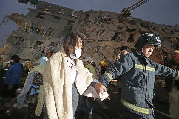 Earthquakes in the World - SEGUIMIENTO MUNDIAL DE SISMOS - Página 16 Cafw7FkW0AQRm4R