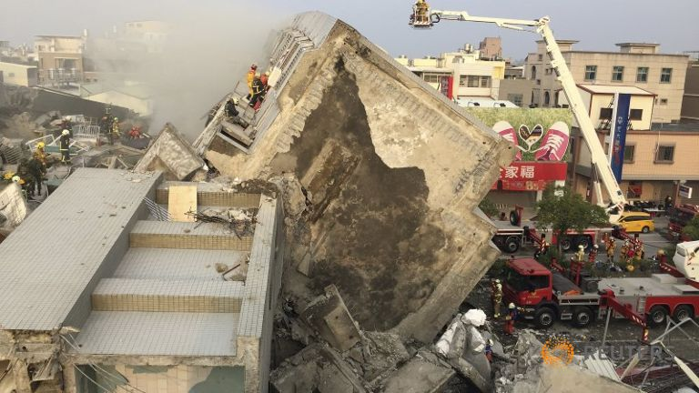 #TaiwanQuake: 5 dead after 16-storey apartment collapses https://t.co/EJzVI2xXlX https://t.co/XDjeAMa1ON