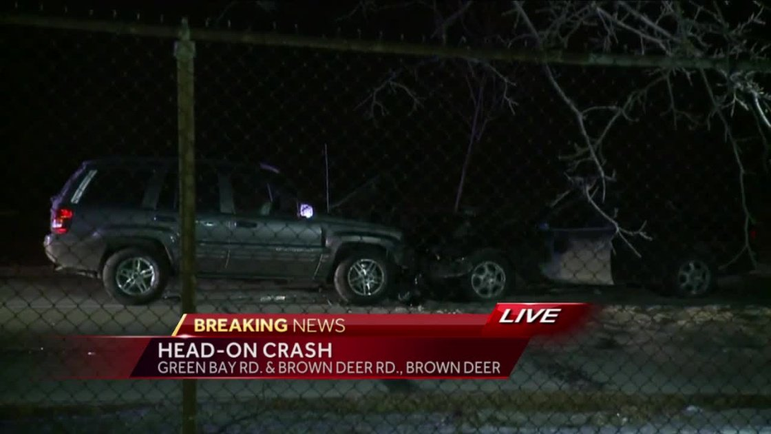 Head on crash reported in Brown Deer