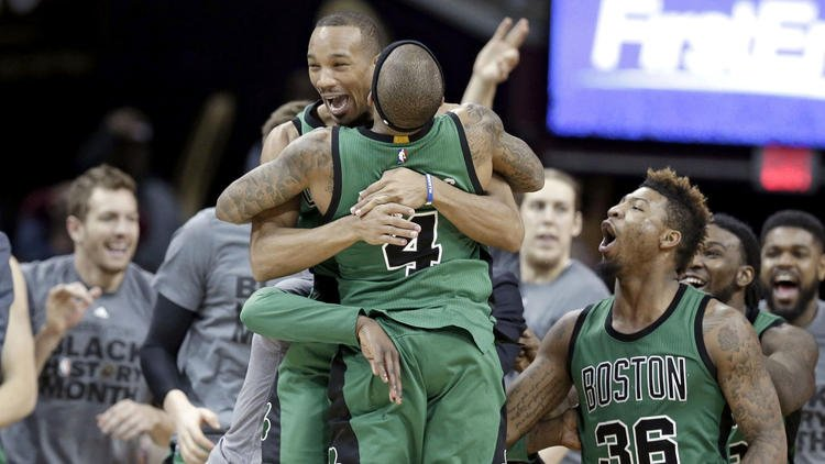 Celtics stun Cavaliers on Avery Bradley's three-pointer