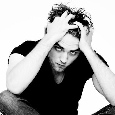 RT @rtactors: robert pattinson | may 13, 1986 https://t.co/m7cQbmtOgB