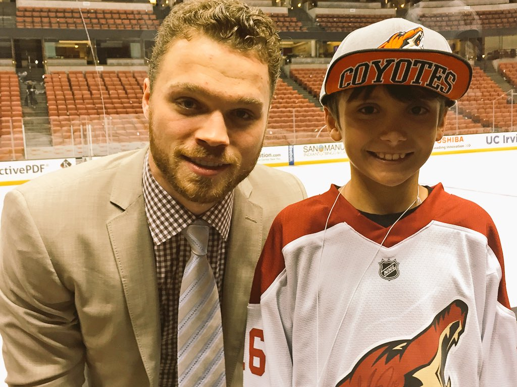 Thank you @KristySwansonXO & @ArizonaCoyotes for helping my son meet his favorite hockey player @max_domi #nhl https://t.co/Sk3f60jKlG