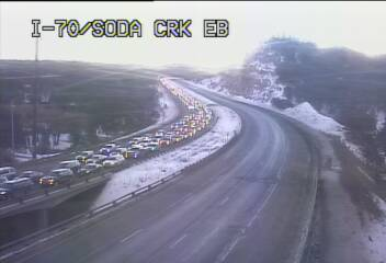 Ski traffic update: @ColoradoDOT warning of 30+ minute delays on WB I-70 from Flyod Hil to Empire Junction.