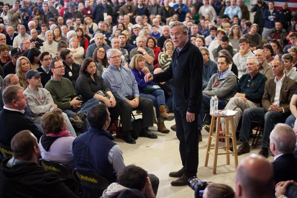 Jeb Bush draws large crowd in Bedford, N.H. fitn