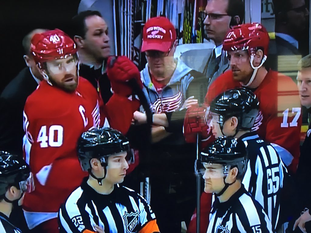 Red Wings game delayed nearly 20 minutes because zamboni caught steel from net, and dragged it across the ice.