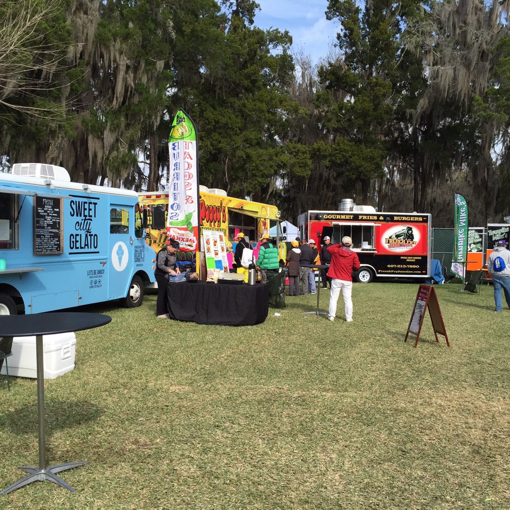 @CoatesGolfChamp - now that's what I'm talking about!!! #thecoates #lpga #foodtruck https://t.co/to3FroXVXU