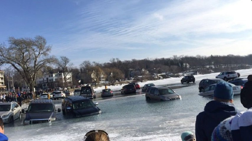 Oops! Cars accidentally fall through water in Lake Geneva, Wisconsin