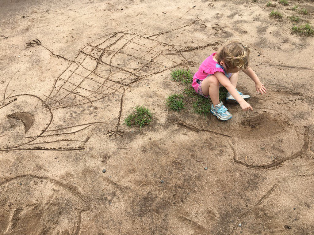 Muddy park... Mad marks!  Dirt drawing 🎨💖 #artsed