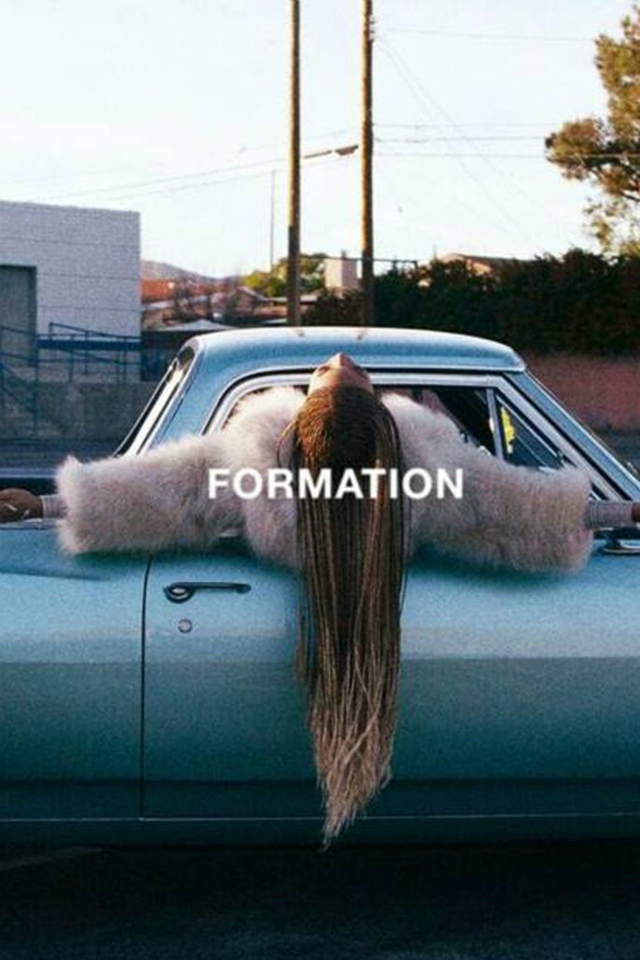 Surprise! New Beyonce song & the video is incredible: https://t.co/PNtimiPtiZ #Formation #Beyonce https://t.co/Tld00gZnSs