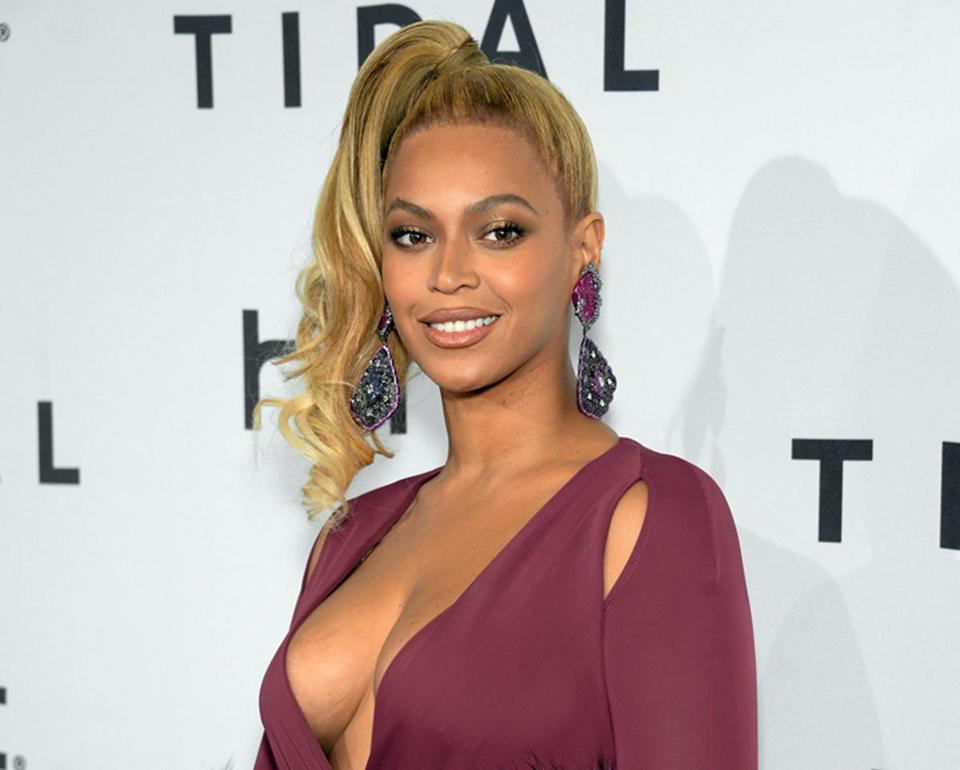 @Beyonce releases a new song the day before her Super Bowl appearance