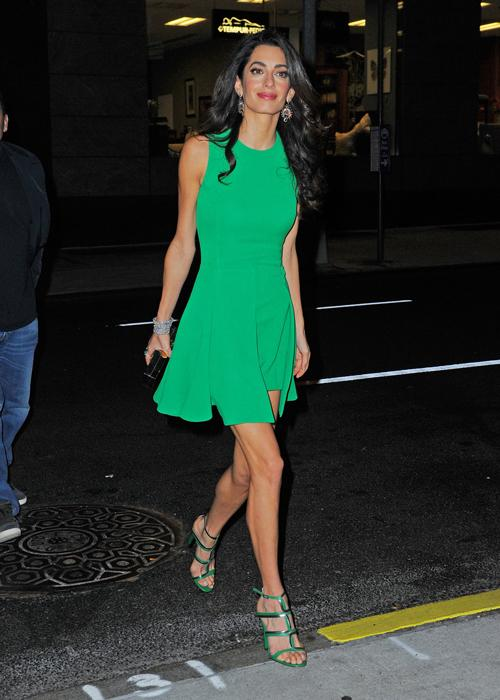 How to get Amal Alamuddin's look https://t.co/PjCQ3Nzv5x https://t.co/qJDEYwedcS