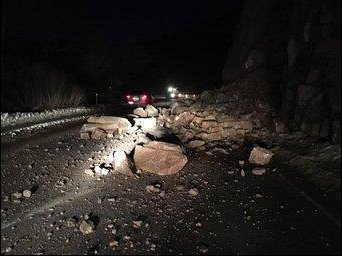 Per @cdot: WB US 24 closed in Manitou Spgs (mm 300) b/c rockslide cleanup operations;no est time of reopening