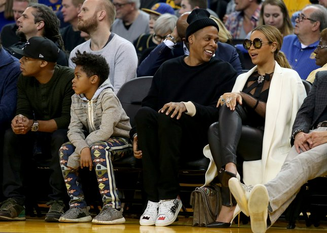 Thanks to Super Bowl, Jay Z, Beyonce and more pack Warriors crowd