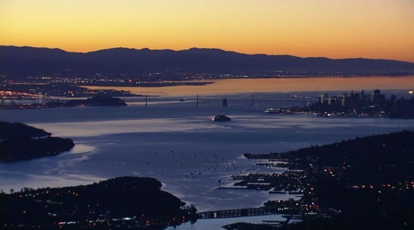 It's game day, Bay Area! Check out this beautiful SuperBowl Sunday sunrise and share your SB50 pics w/ abc7now!