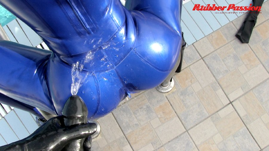 Rubber slave serving as human urinal