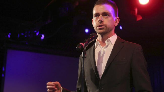 Despite report to the contrary, Twitter timeline staying in real time, CEO says.