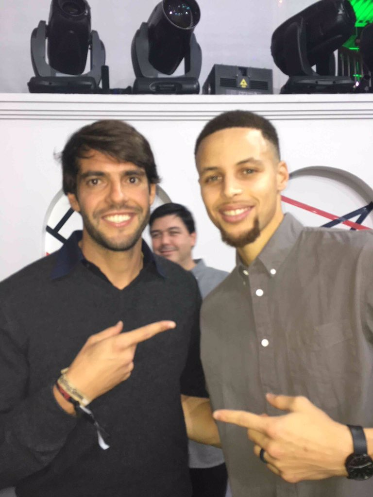 ¿Cuánto mide Stephen Curry? - Altura - Real height CapgWH1WEAATjf-