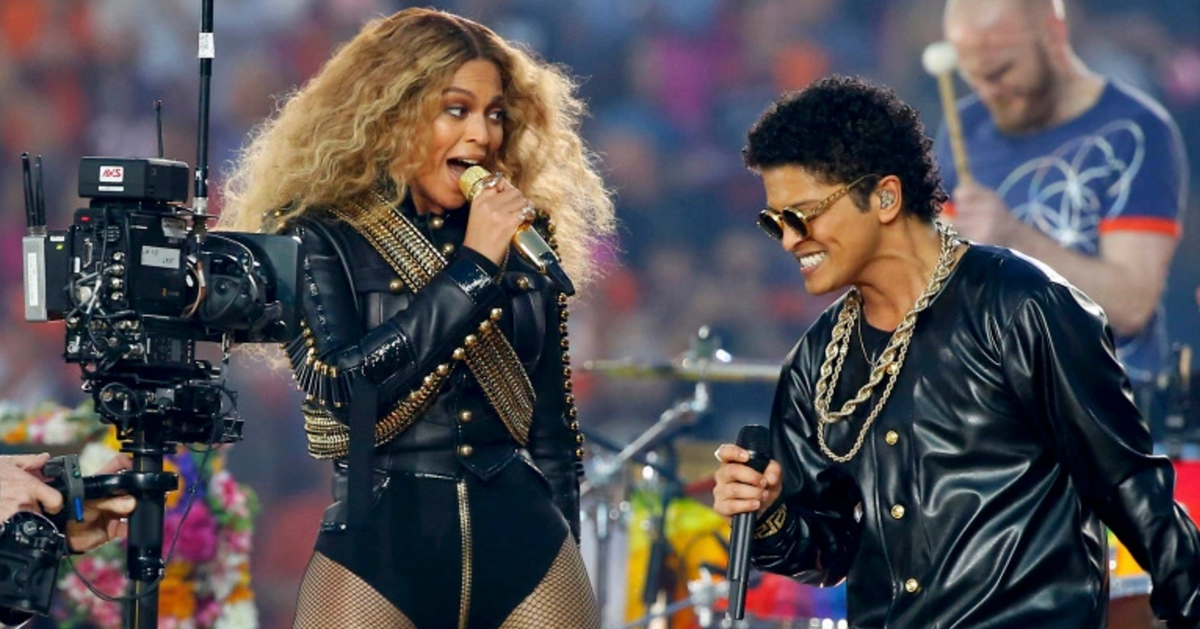 The dance-off between Beyonce and Bruno Mars was everything and more
