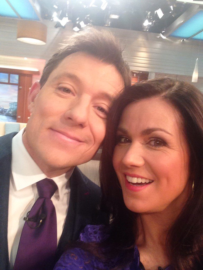 Look who's here! Happy Monday @gmb https://t.co/gE27il2Mow