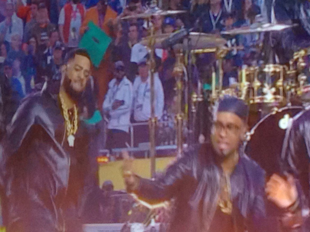 Congratulations @kameronwhalum on a great @SuperBowl Halftime w @BrunoMars from your Memphis friends @WMCActionNews5