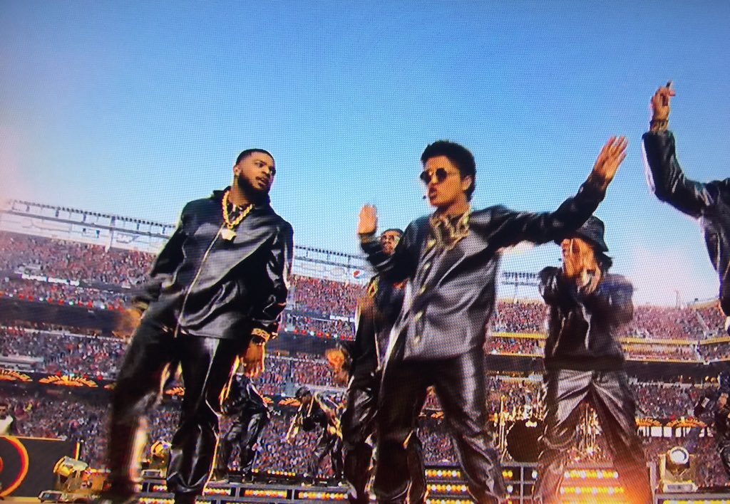 Memphis is on the Super Bowl stage again!!!! Check out @kameronwhalum with @BrunoMars @3onyourside