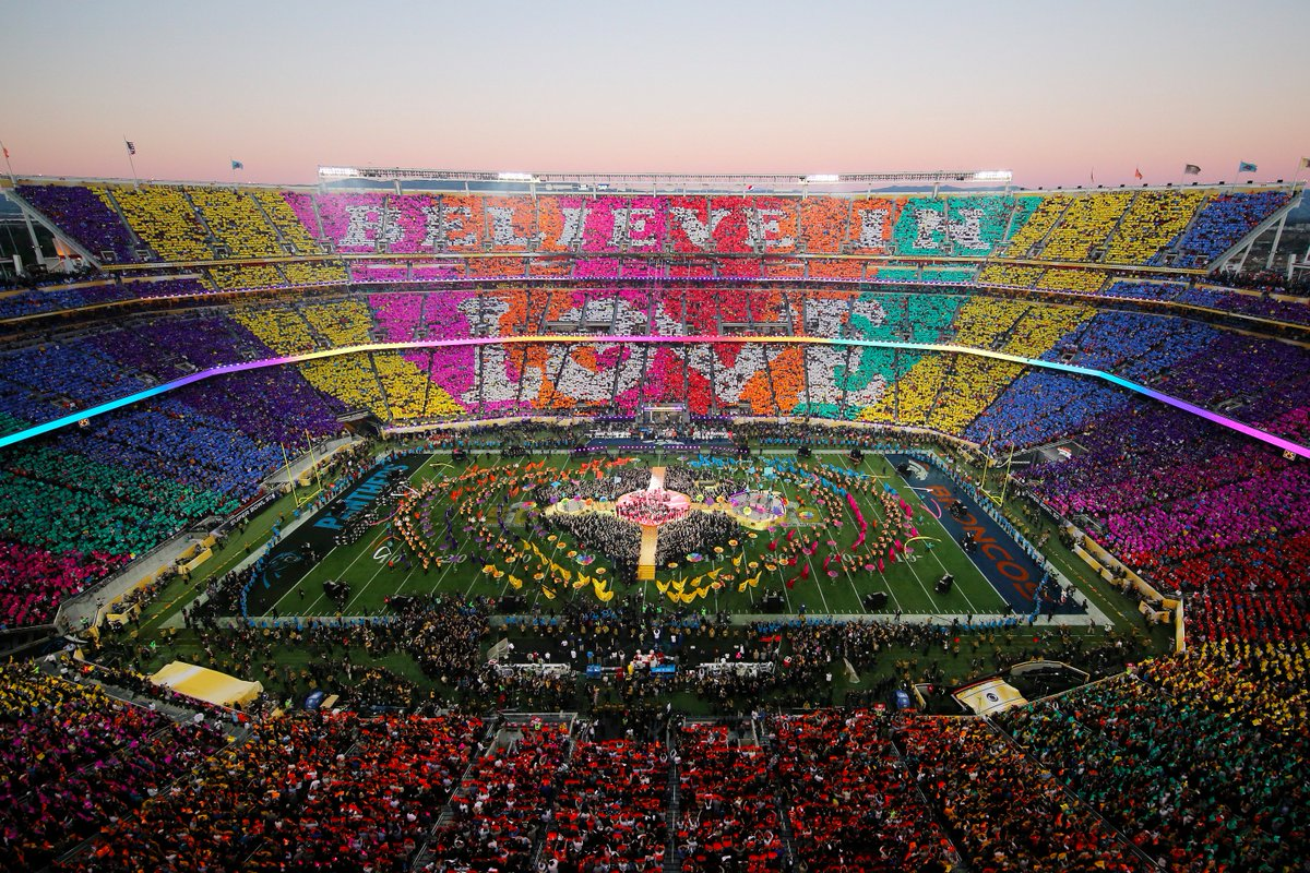 BELIEVE IN LOVE <3 #SB50 #HalftimeShow #Chills (Photo by Ezra Shaw/Getty Images)