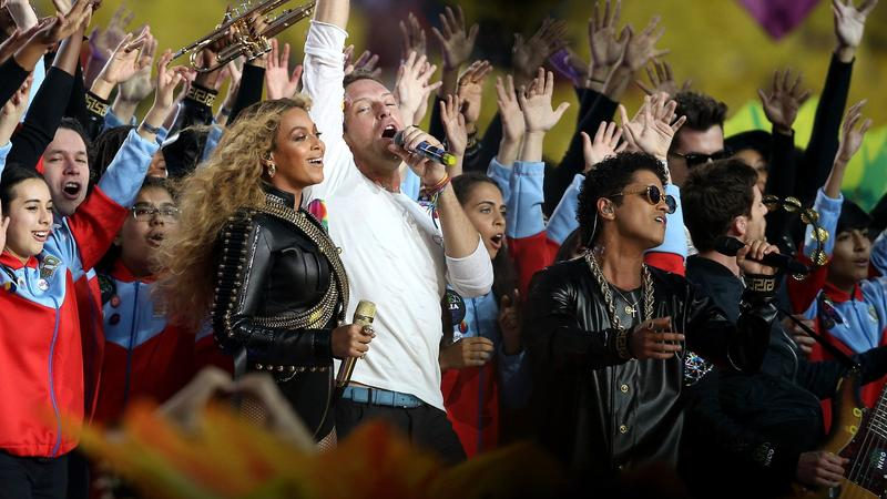 Beyonce reduces Coldplay to appetizer at Super Bowl halftime show, writes @gregkot