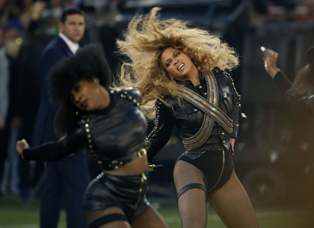 Beyonce doesn't waste any time, announces return to Levi's this spring with world tour