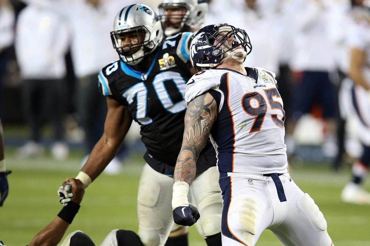 SUPER BOWL CHAMPS! Broncos beat Panthers, 24-10, for SB50 title KHOU (@USATSportsImage)