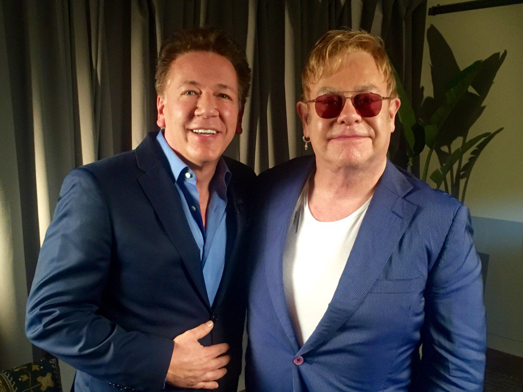RT @TheRossKing: See you @reallorraine and my exclusive chat with @eltonofficial  @reallorraine X brilliant album#WonderfulCrazyNight https…