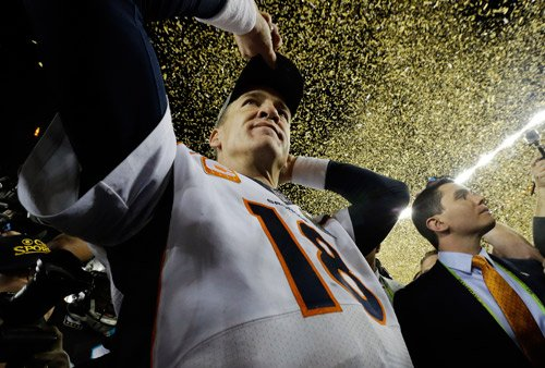 Peyton Manning says he wants to kiss wife, kids, drink