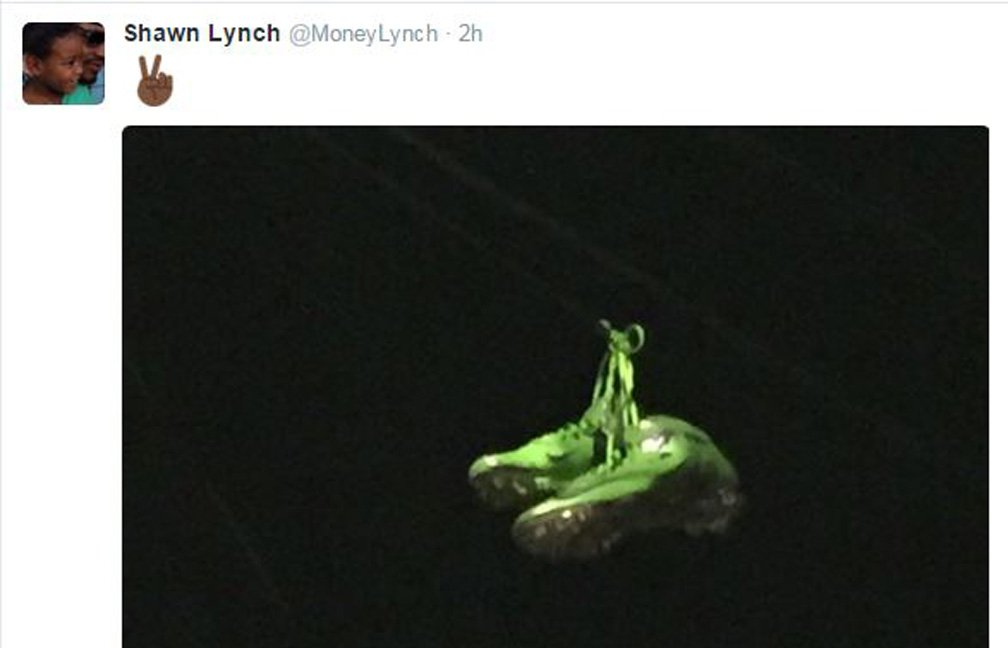 Here's what Seahawks players, media members & fans are saying about Marshawn Lynch's tweet