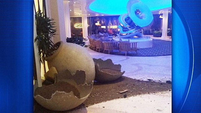 #anthemoftheseas rocked by 100 mph + winds! Live report at 6 AM on Channel 9! https://t.co/zmCeDRknnD #wftv https://t.co/8Ck5I1uTOb