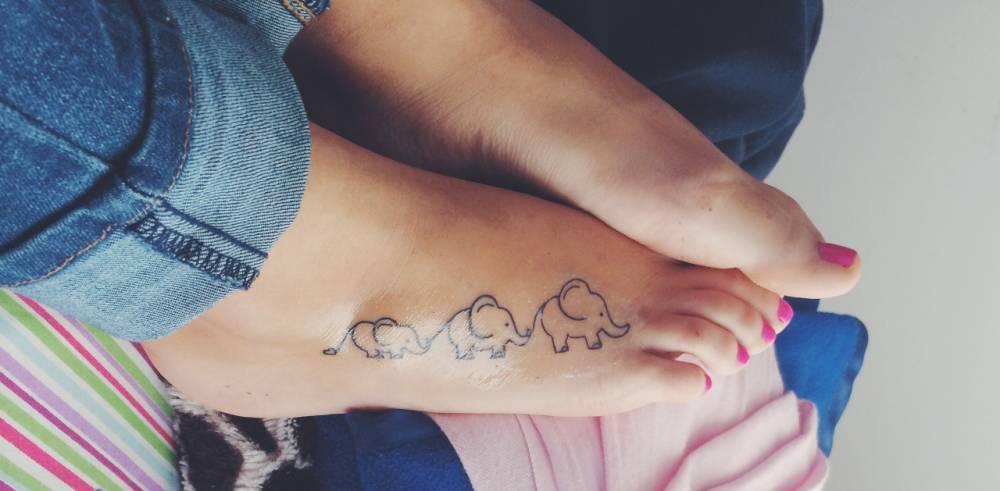 Tatuajes Pequenos On Twitter Familia De Elefantes En El Empeine