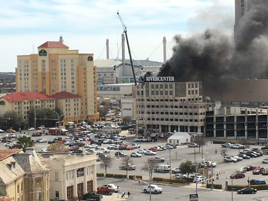 Fire at SanAntonio's Shops at Rivercenter mall under control satx