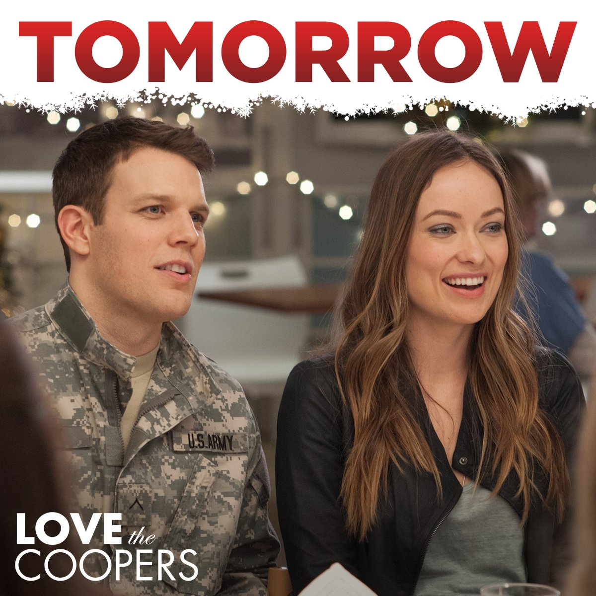 This weekend, curl up with someone you love and watch Love the Coopers -  coming to  Blu-ray & DVD tomorrow! https://t.co/9gn3tiRQHL