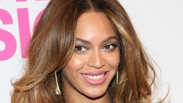 Beyonce joins Diddy, Big Sean, others in helping Flint @HelpMeHank