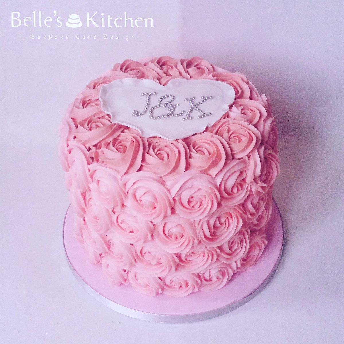 Belle S Kitchen On Twitter Simple Buttercream Rosettes For This