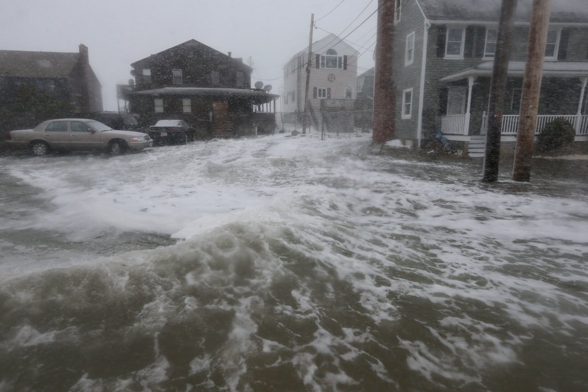 Vulnerable areas could see 2 to 3 feet of coastal flooding, @NWSBoston warns
