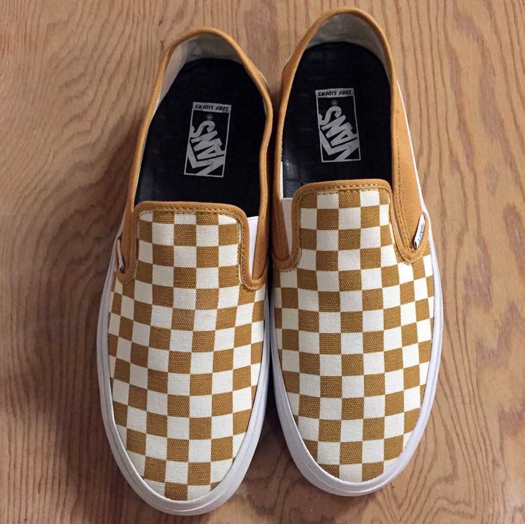 Introducing the new Slip-ON SF in Gold Checkerboard, available now at https://t.co/Hh4WWWS0mG https://t.co/JYch3jj6Jo