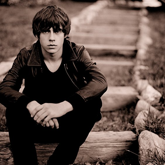 JUST ANNOUNCED  @JakeBugg is performing at the @elreytheatre March 14th!  On sale Friday: https://t.co/feIrzQRj7V https://t.co/FfLs0lFw53