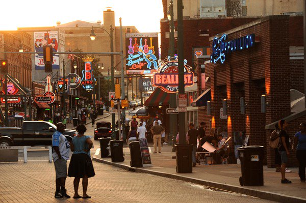 Fat Tuesday Gumbo Crawl on Beale Street tomorrow from 11AM - 12AM. on.fb.me/1QnqO4n #VisitMemphis #FatTuesday
