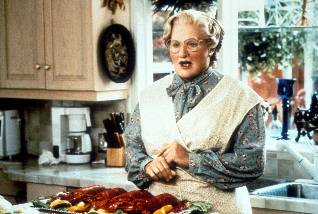 These two deleted scenes would have made MrsDoubtfire a whole different (really sad) film