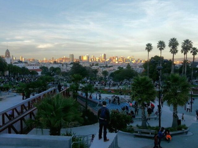 Seven-man crew pistol whips, robs man in Dolores Park.