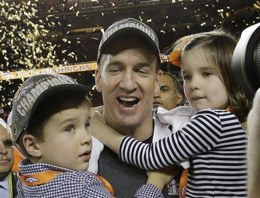 Manning family celebrates Super Bowl win --